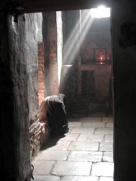 Prayer_Beam_Monk